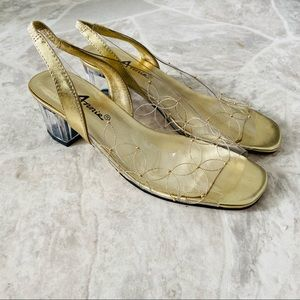 NWOT ANNIE Y2K clear square toe embroidered heels